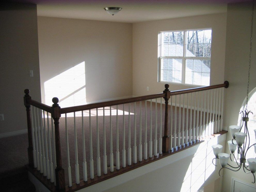 Loft area with balcony over looking foyer